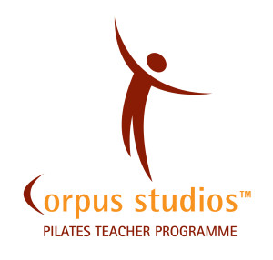01_Logotype_corpus_pantone_TM_Teacher